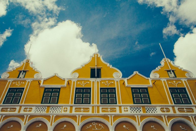 curacao is open for visitors