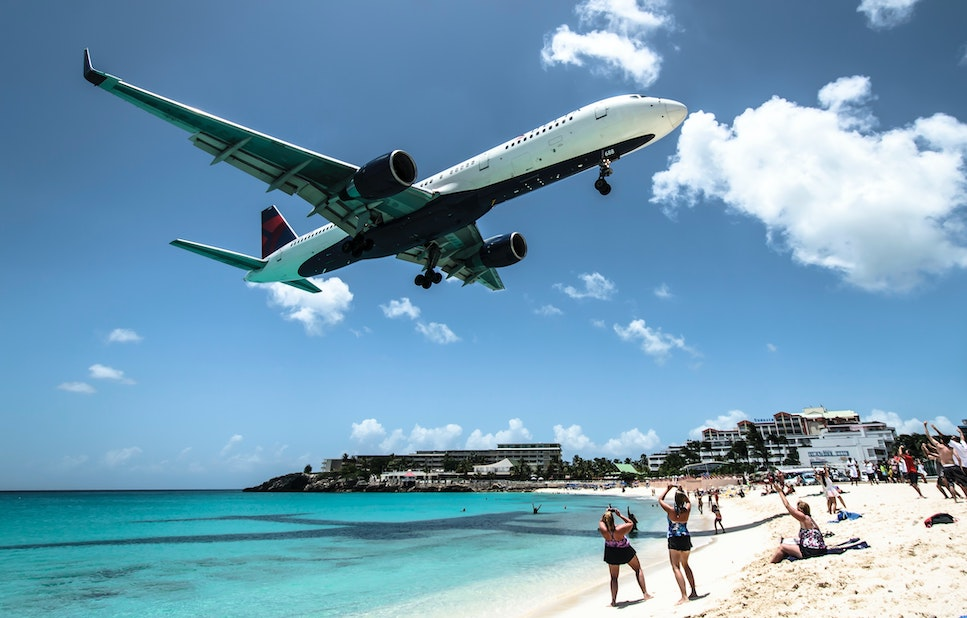 St. Maarten Bans Flights From USA On Day of Reopening