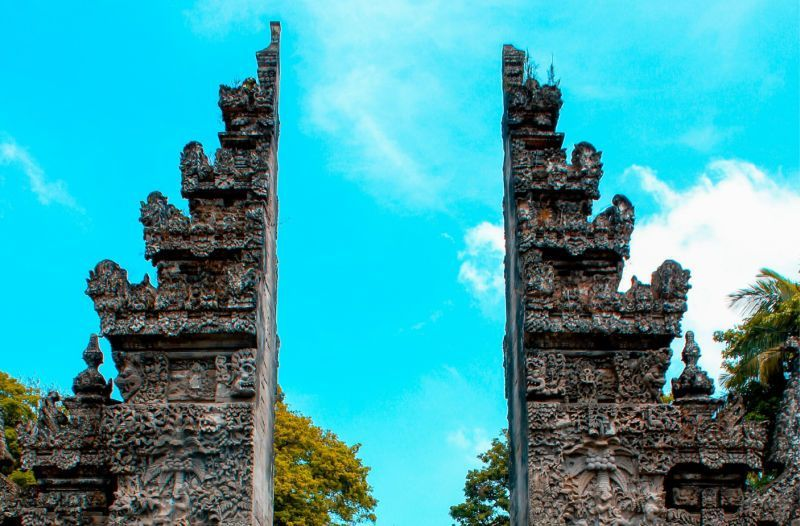 Thousands-of-Visitors-Must-Leave-Bali-As-Emergency-Visas-Expire-2