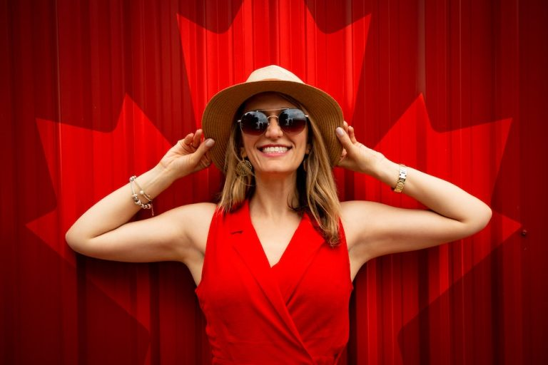 canada travel insurance covid