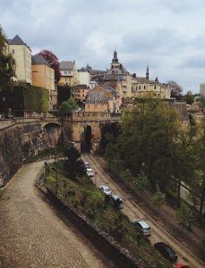 luxembourg opens borders