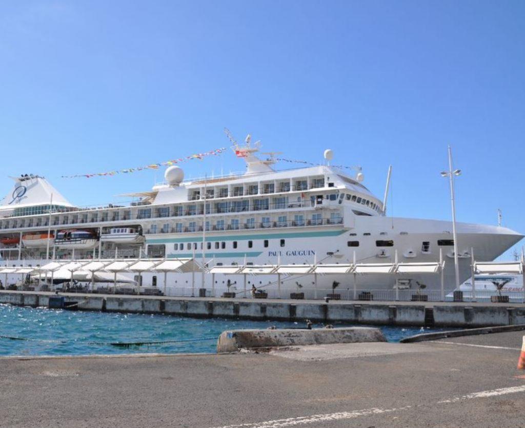 Cruise ship paul
