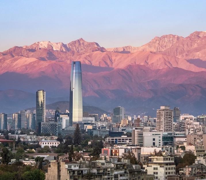 Chile extends border closure