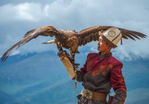 Kyrgyzstan eagle hunting