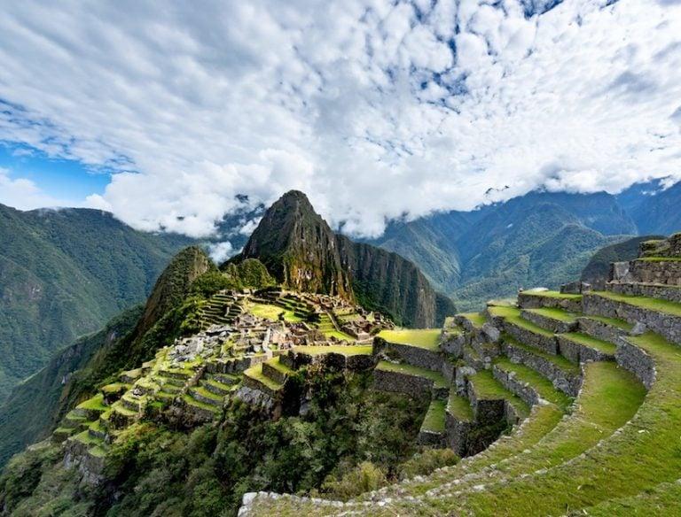 Peru extended border closure