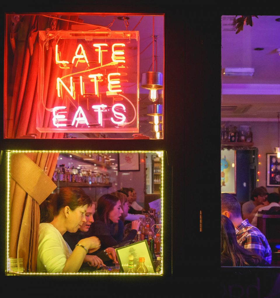 Bars and restaurants must close by 10pm in England