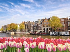 Canadians travel to Netherlands in Europe