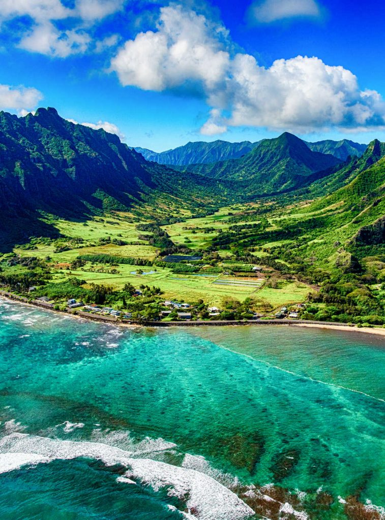 The beautiful and unique landscape of coastal Oahu, Hawaii and the Kualoa Ranch where Jurassic Park was filmed (1)