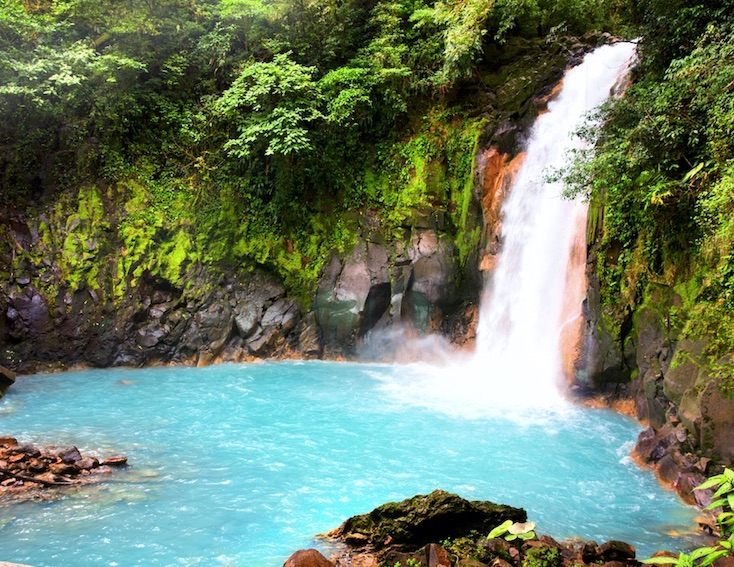 can americans go to Costa Rica?