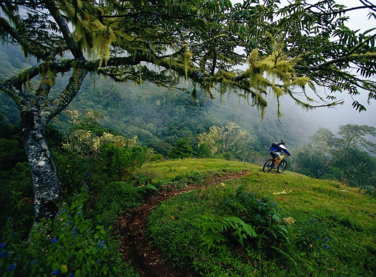 travel rules for Costa Rica