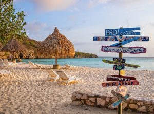 curacao allowing tri state tourists to visit