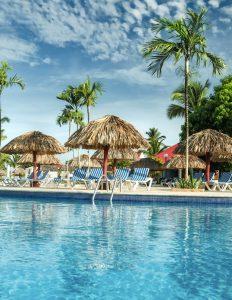 hotels open in dominican