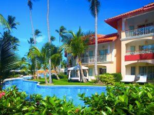 list of open hotels in dominican