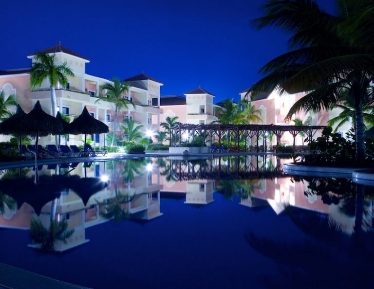 hotels now reopen in dominican