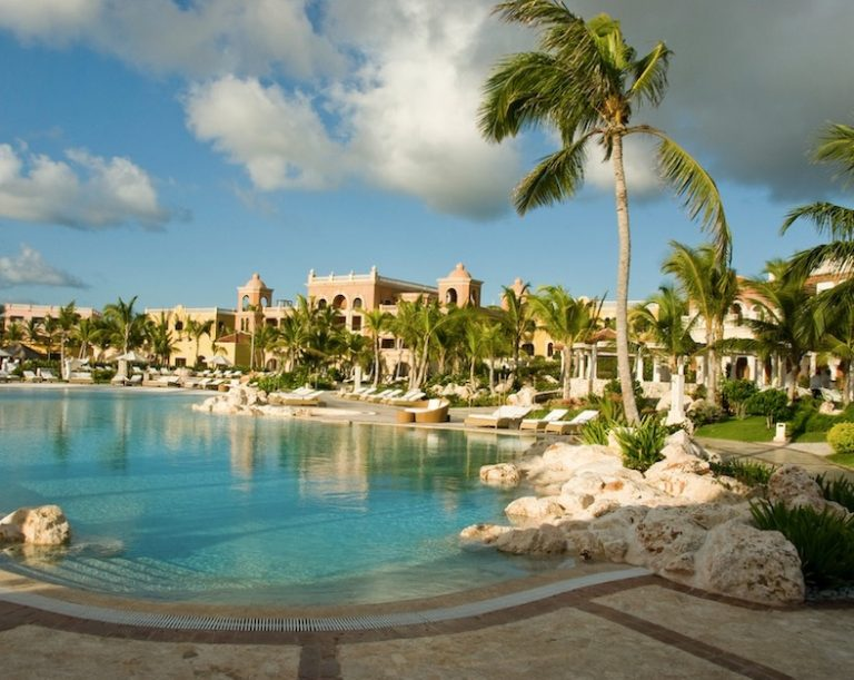 hotels open during covid dominican republic