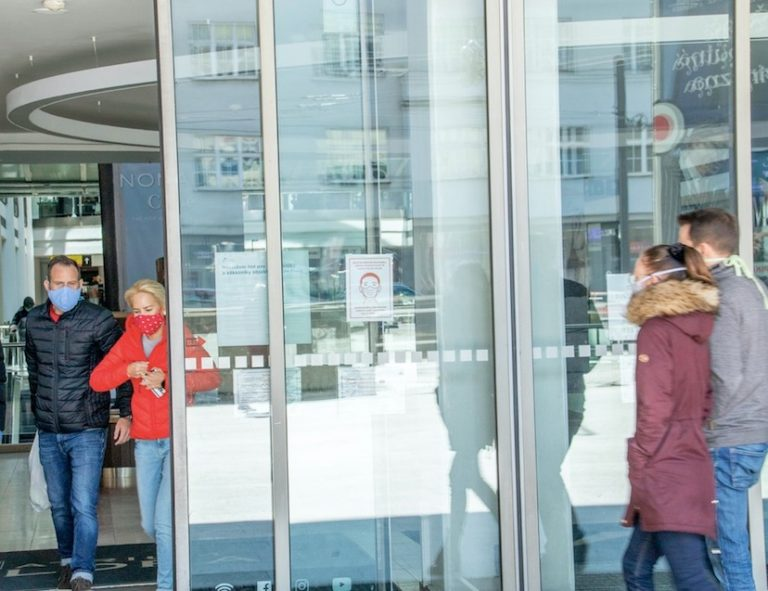 lockdowns in czechia