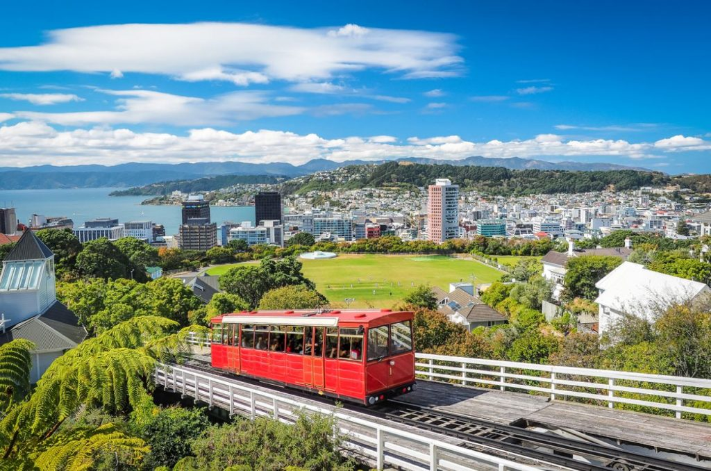 New Zealand Eyes Wealthier Tourists In Shift Away From Budget Travelers