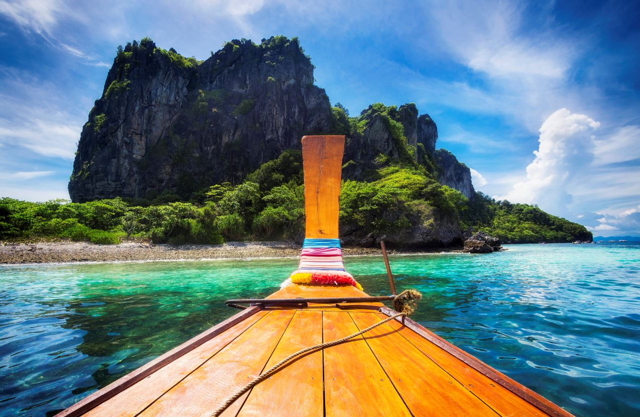 Thailand Received Over 1000 International Tourists in October