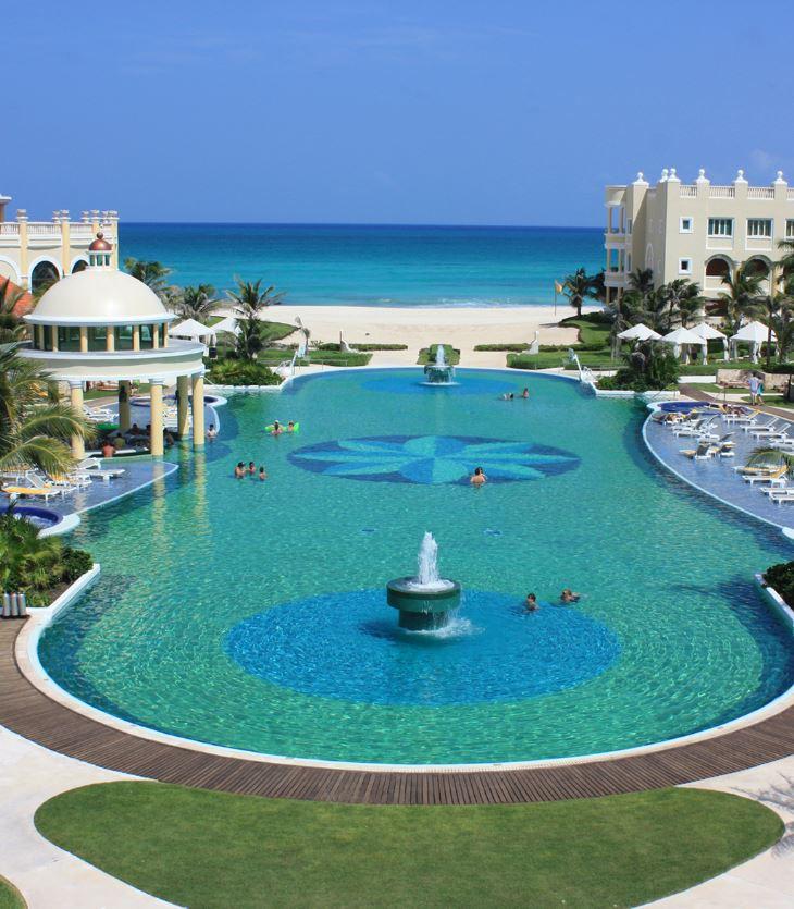 cancun resort on beach