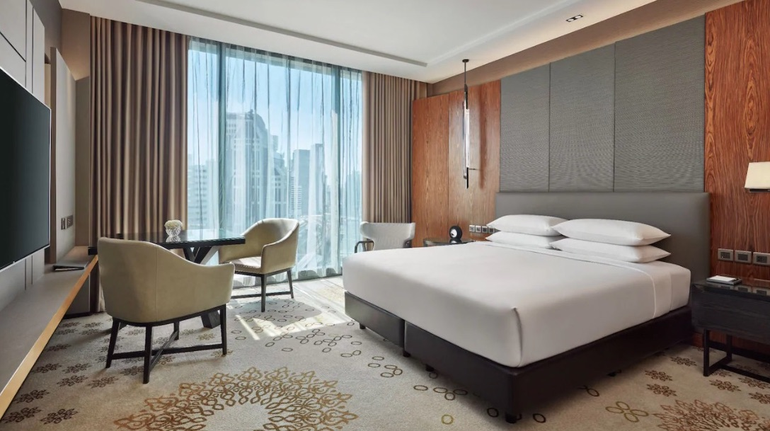 Live in this Bangkok hotel like a celebrity for $91 a night