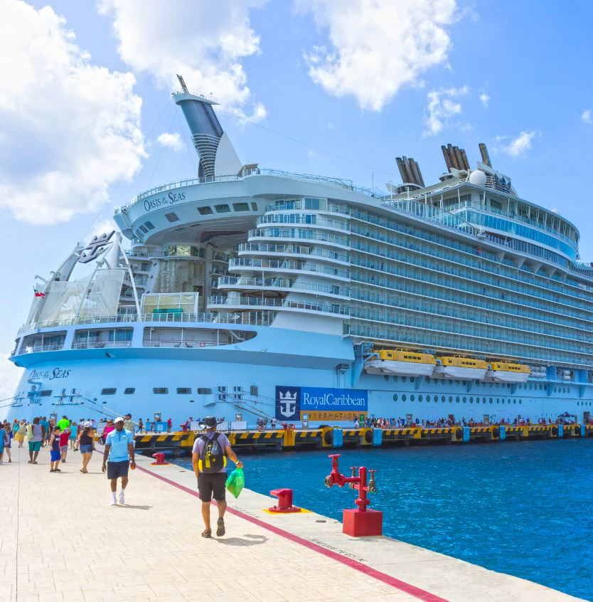 Royal caribbean ship in caribbean