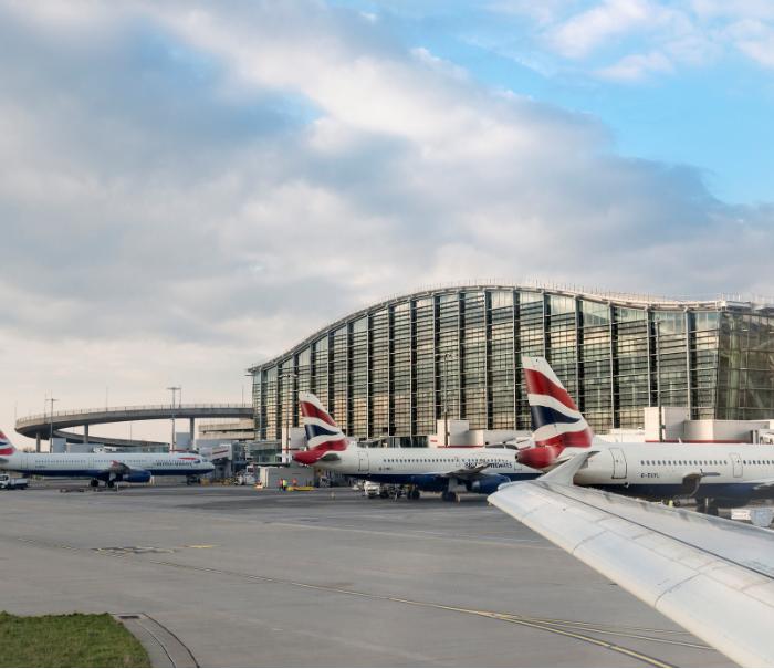 heathrow airport british airways planes