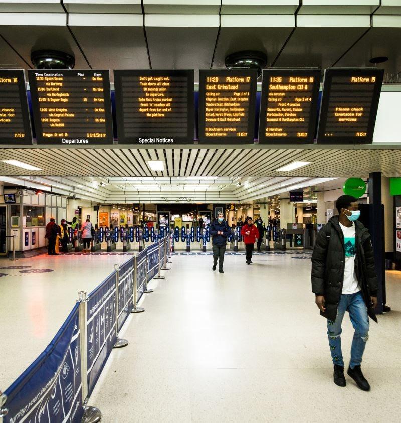 mask train station london