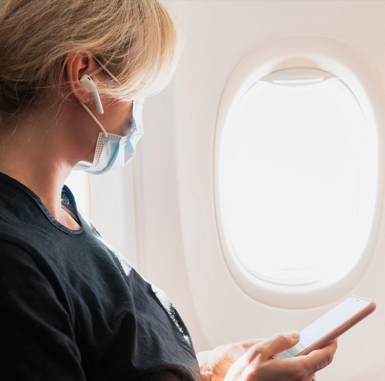 mask traveler flight