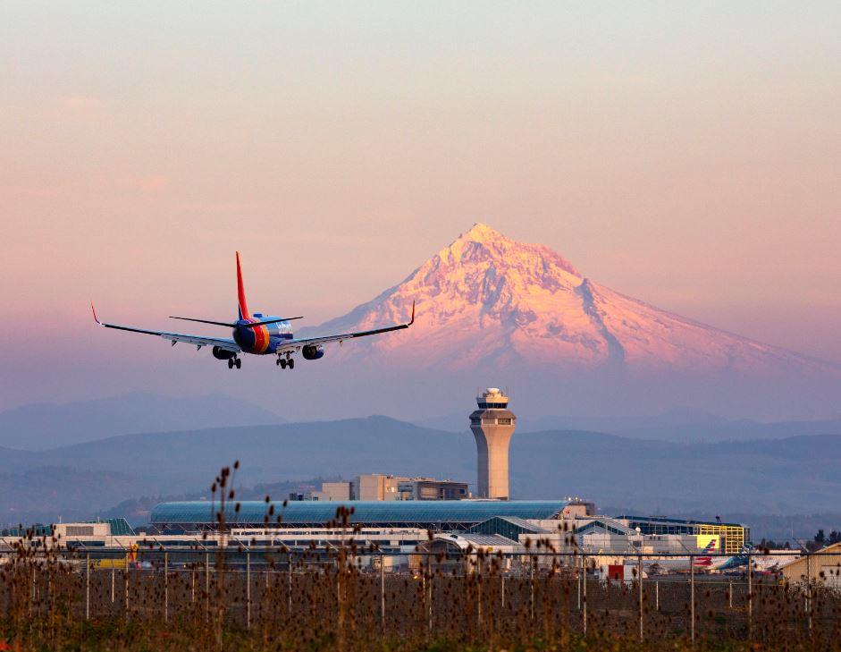 plane landing at portland airport