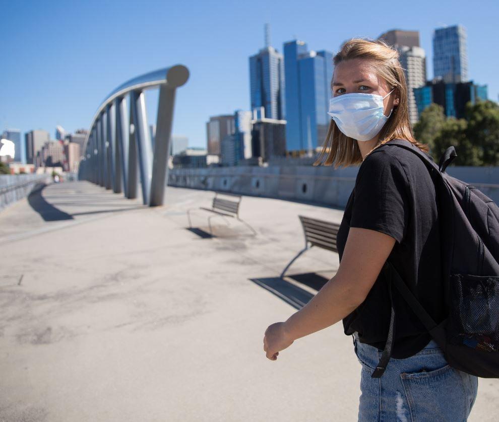 Aussi traveler mask
