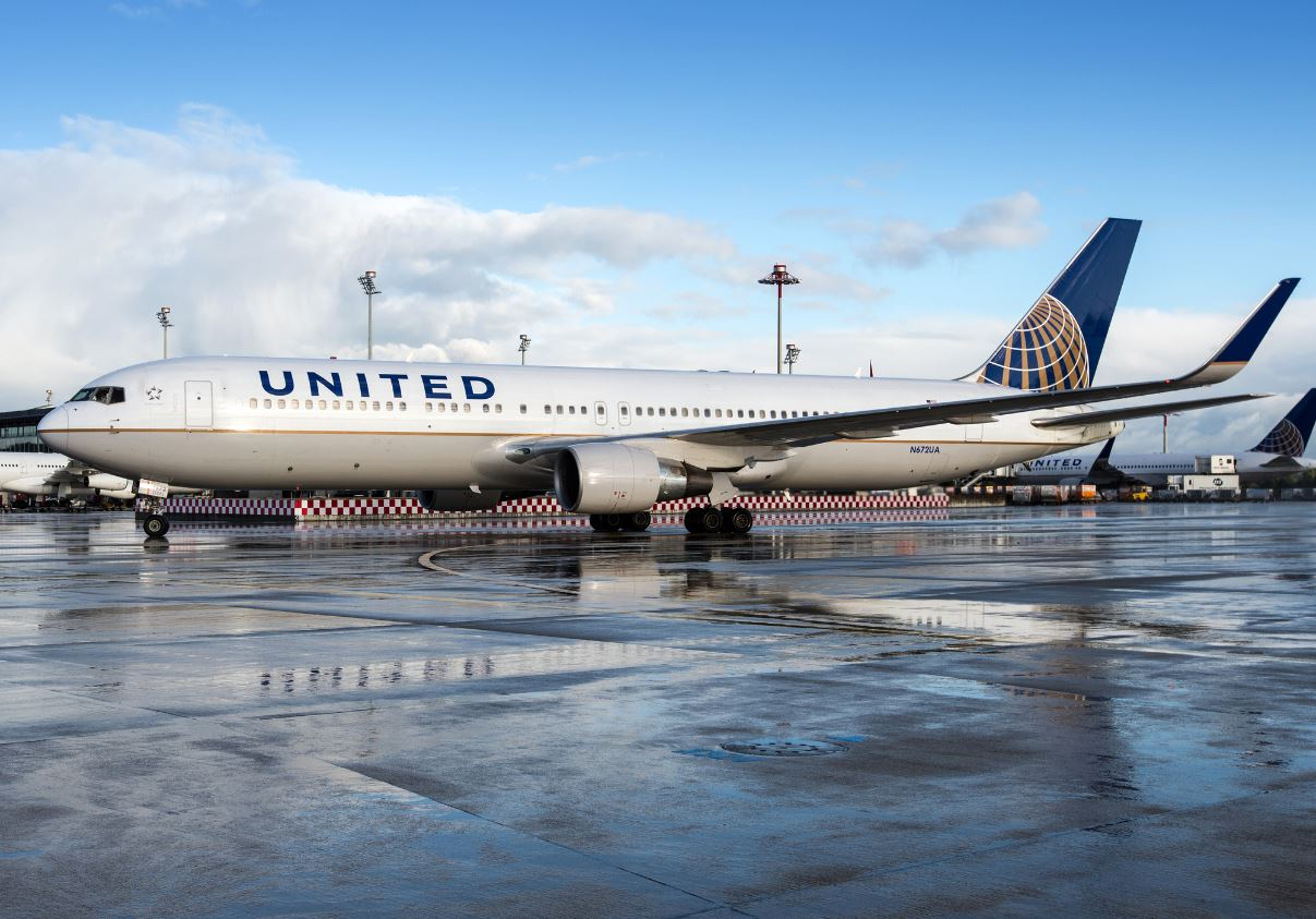 Canadians Rebooking Flights To Sunny Destinations Through U.S. Airlines
