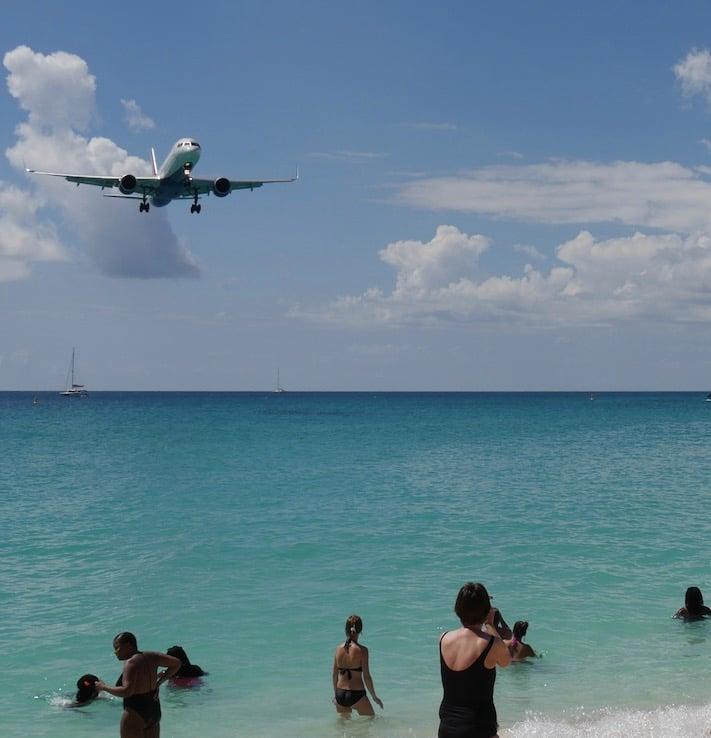 Delta plane landing in Caribbean