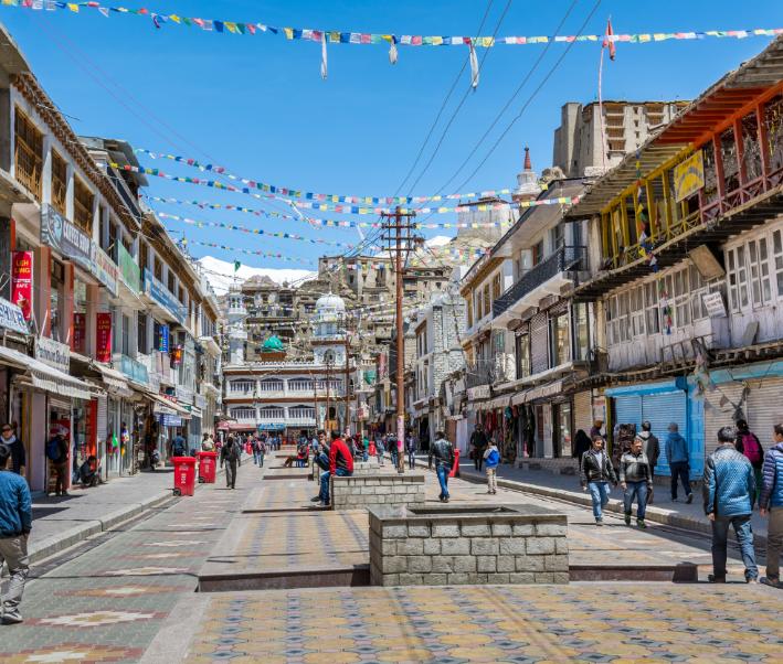 india bazaar street kashmir