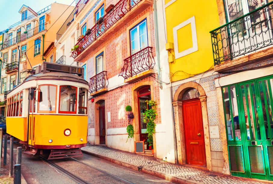 Portugal Extends Lockdown And Curbs International Travel