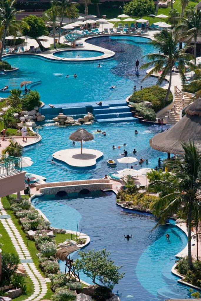mexico resort pool