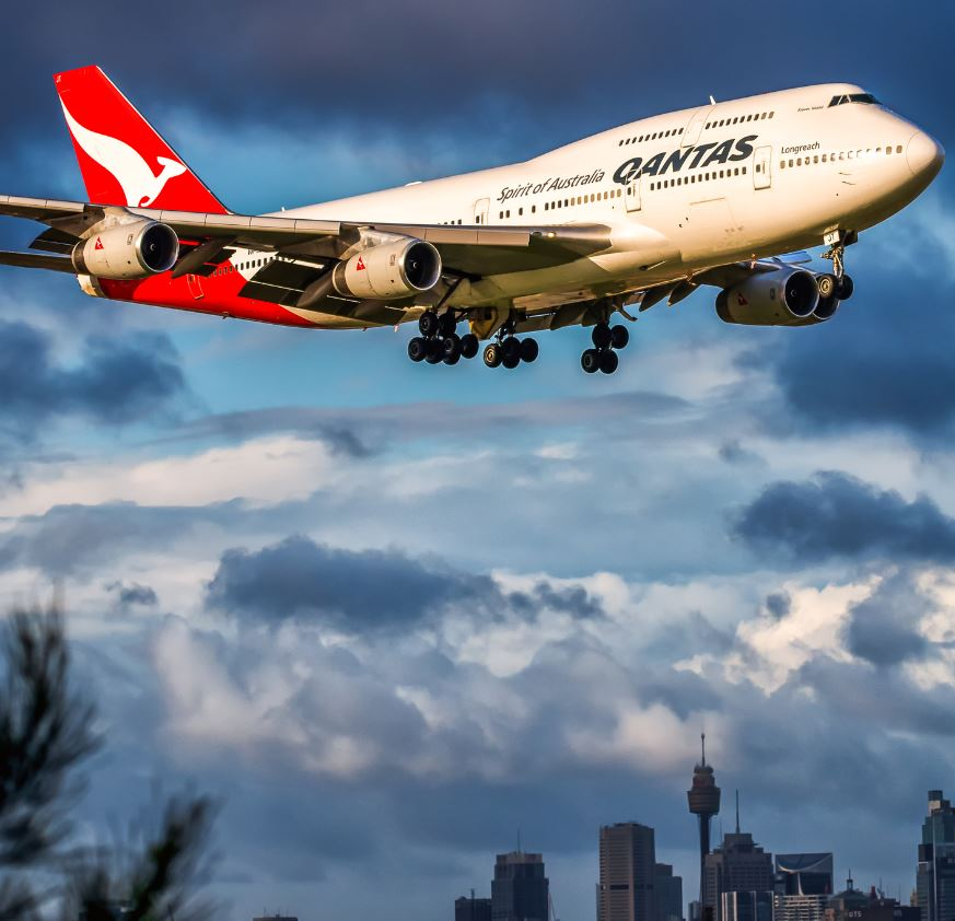 qantas airplane over sydney