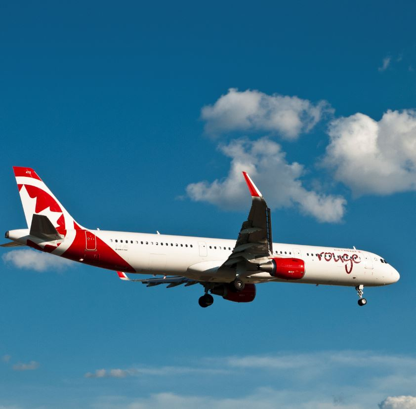 Air Canada Rouge Plane Landing