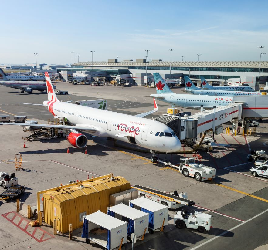 Air-Canada-Rouge-Plane-At-Gate-1