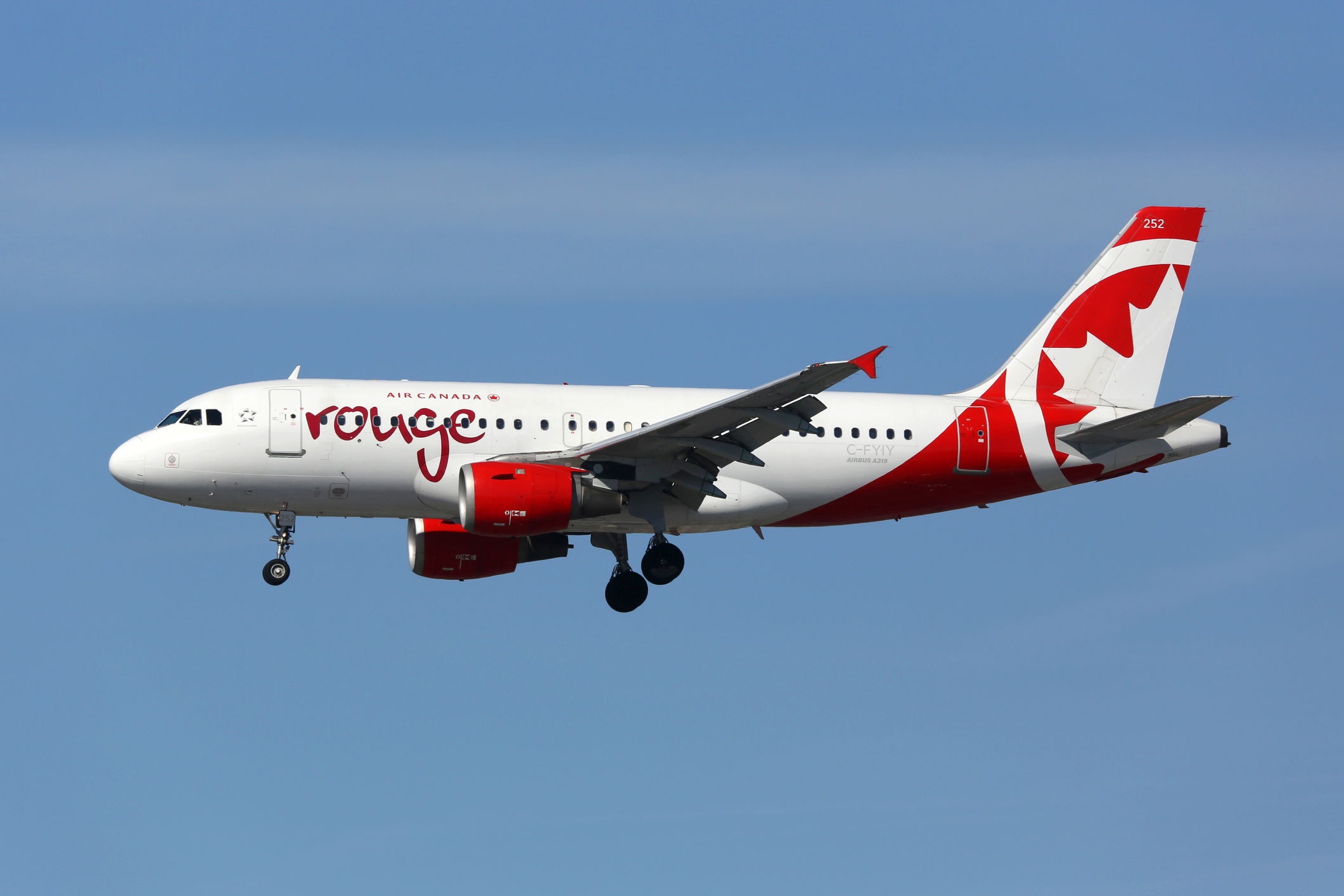 Air Canada Rouge Suspends All Flights Amid New Travel Restrictions