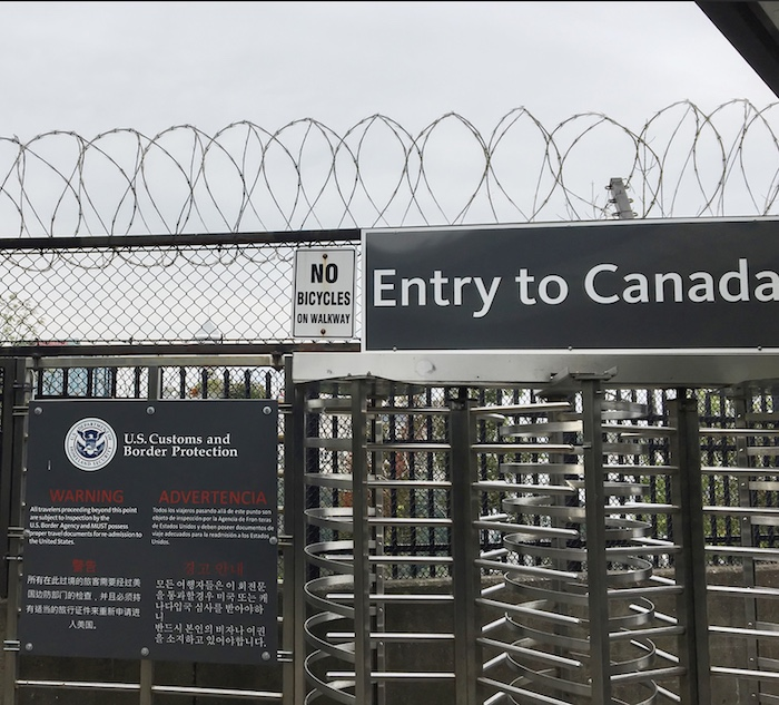 Entry to Canada US