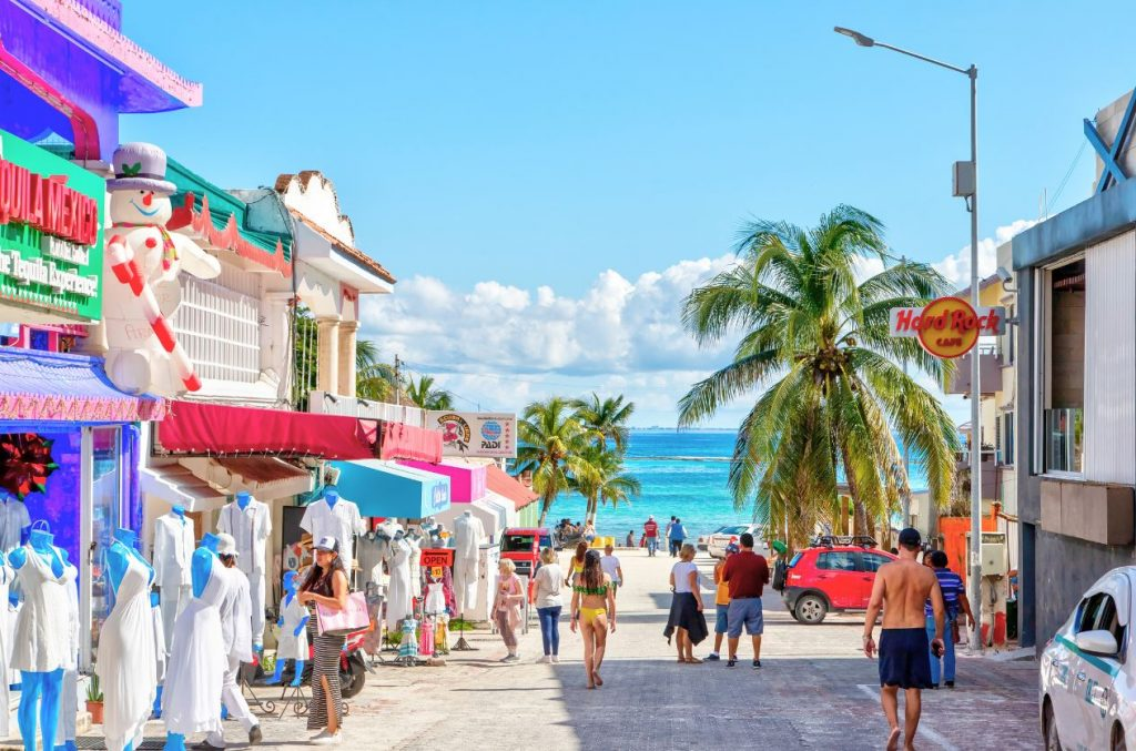 tourists walking in cancun