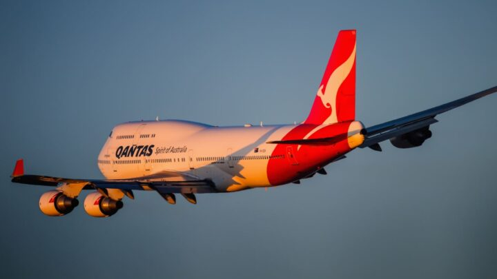 Qantas To Resume International Flights in October