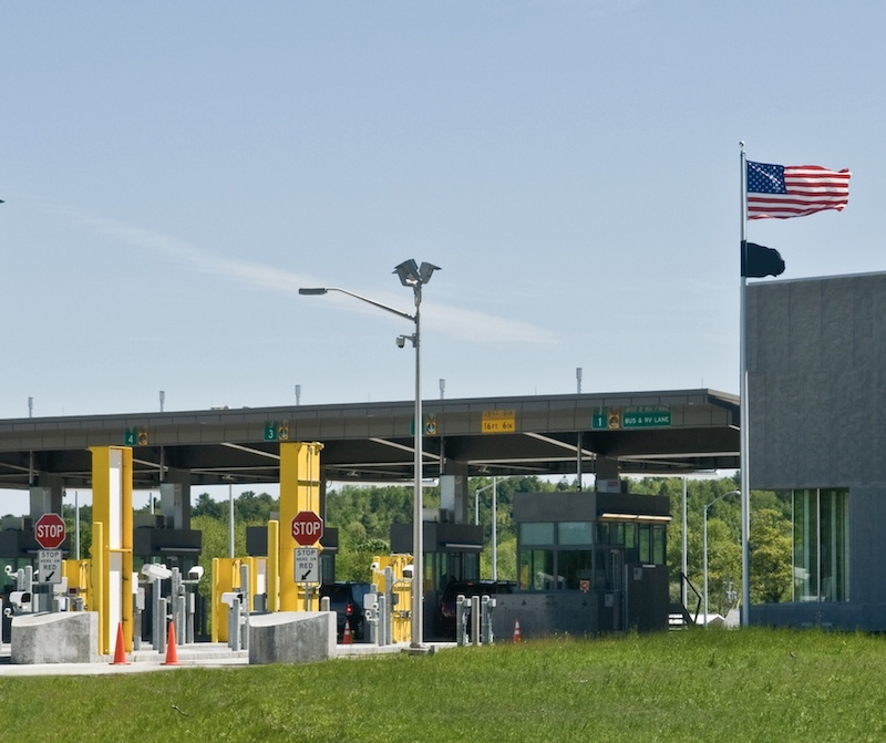 US land border crossing