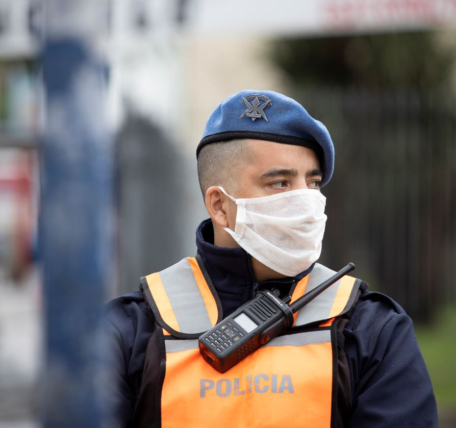 police wearing face mask in Argentina