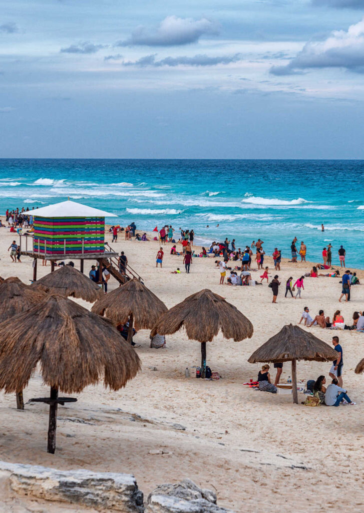 Busy-Cancun-Beach