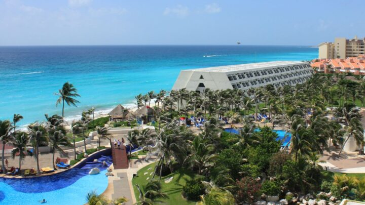 Cancun And San Jose del Cabo Lead Top 10 Destinations For U.S. Travelers