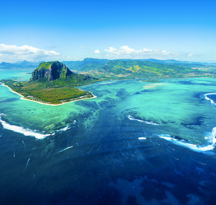 Mauritius blue water mountains