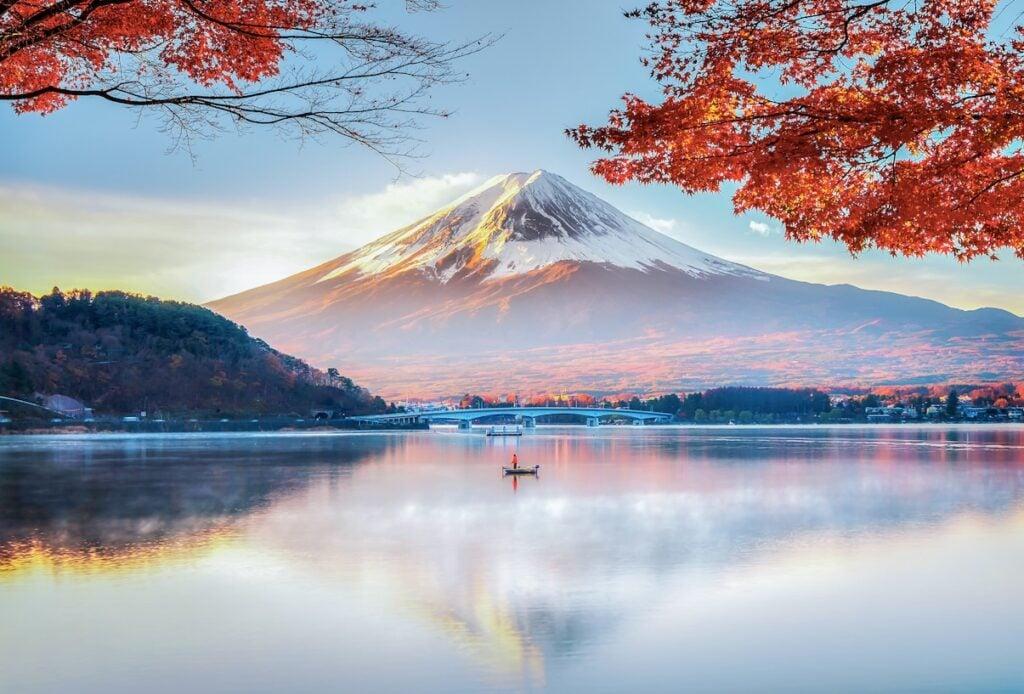 mount fuji japan lake mountain