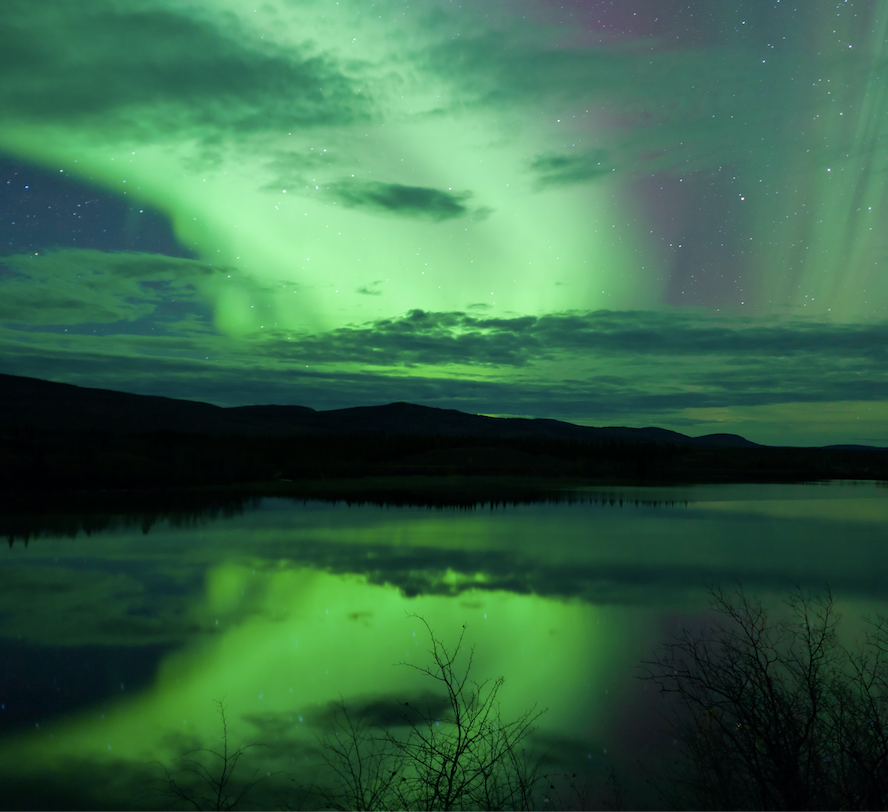 canada northern lights water