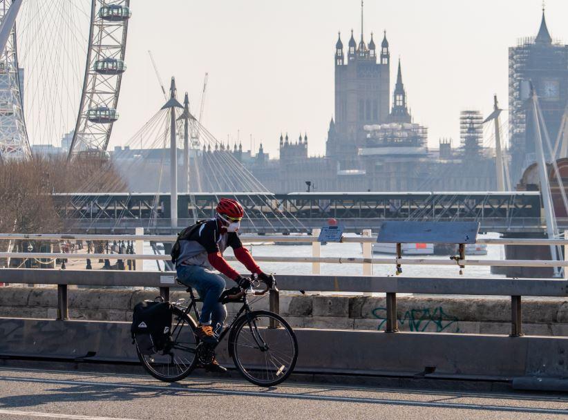 cyclist uk big ben london eye mask